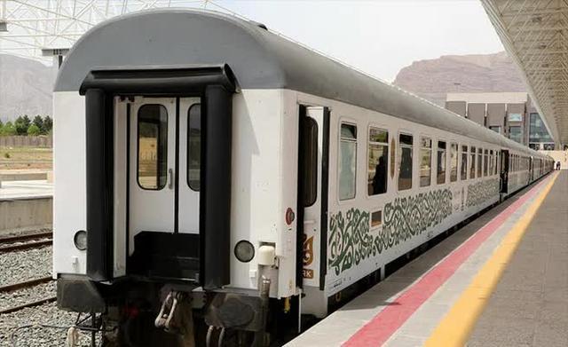 伊朗铁路系统遭网络攻击,大量路线晚点取消